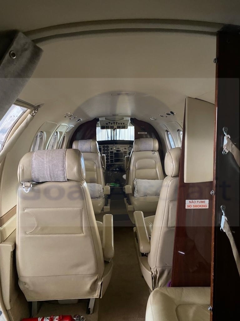 BEECHCRAFT KING AIR C90B 2004